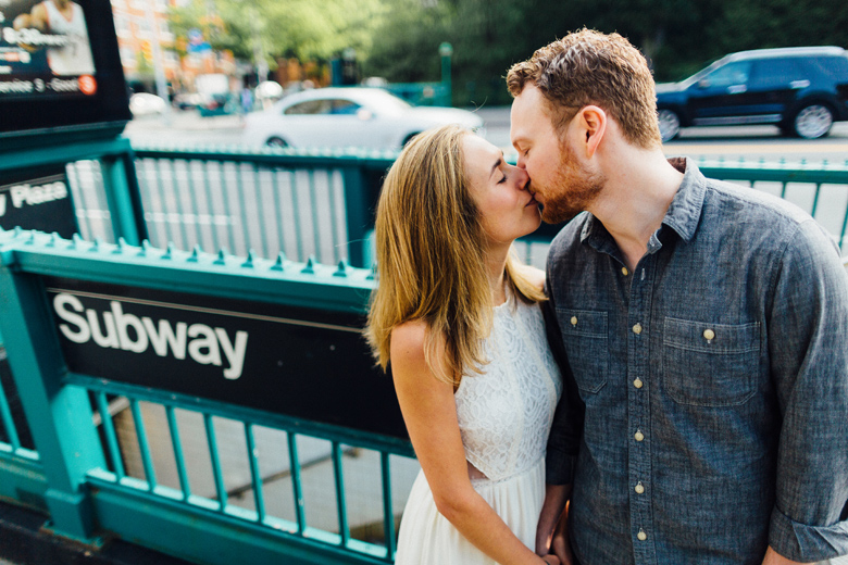 brooklyn engagement photo subway