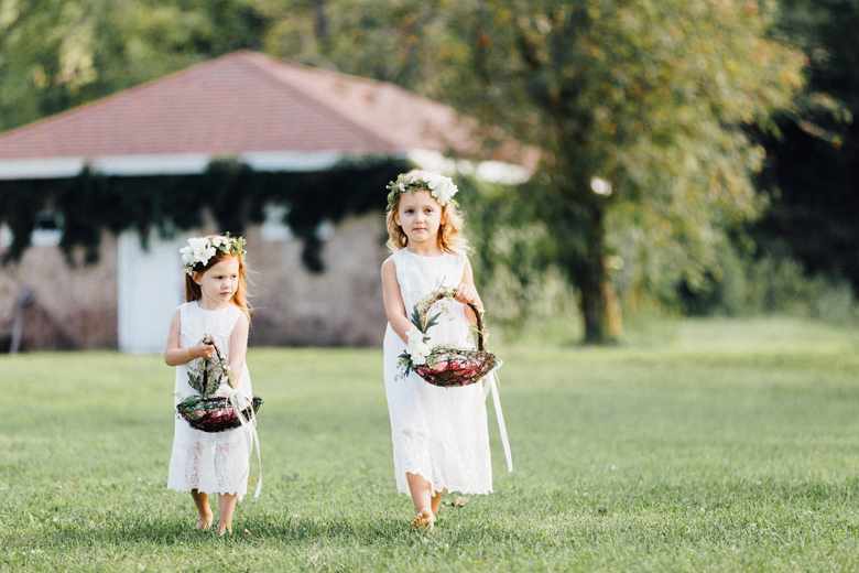 sugarland wedding flower girls