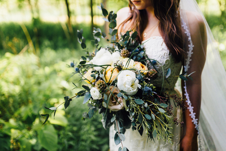 forest wedding boquet