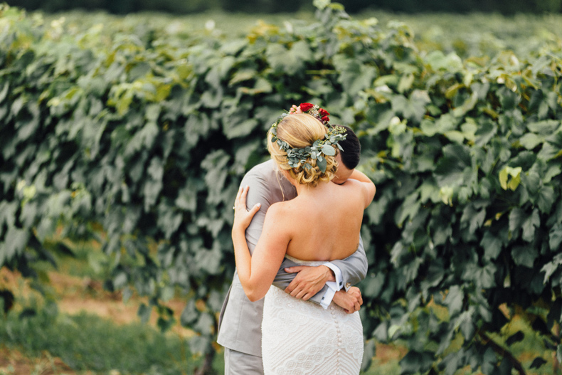 hidden vineyard wedding portraits