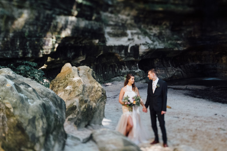 starved rock wedding portraits